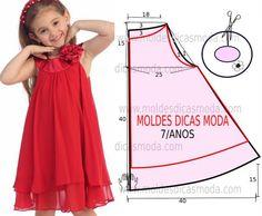 A publicação de hoje contempla o molde de vestido infantil simples vermelho para meninas com idade de 7 anos. A ilustração do molde não tem valor de...: