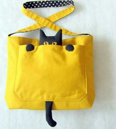 Gato na bolsa great job please Visit my site https://www.upcyclingbymilo.com/ for more products