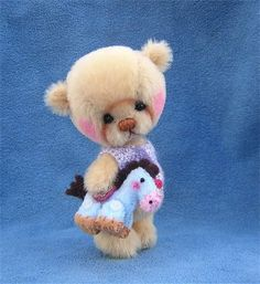 Ollie by Cubcakes Miniature Teddy Bears