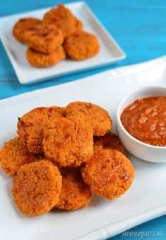 Slimming Eats Cheesy Couscous Bites - vegetarian, Slimming World and Weight Watchers friendly Slimming World Snacks, Slimming Eats, Clean Eating Snacks, Healthy Snacks, Kid Snacks, Healthy Kids, Baby Food Recipes, Cooking Recipes, Cooking Ribs