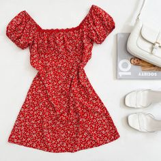 Italy Outfits, Jumpsuit Dress, Beautiful Clothes, Addiction, Summer Outfits, Rompers, Clothing, Dresses, Fashion