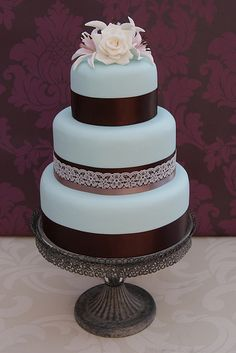 Vintage Wedding Cake - needs different colors but I like the simplicity