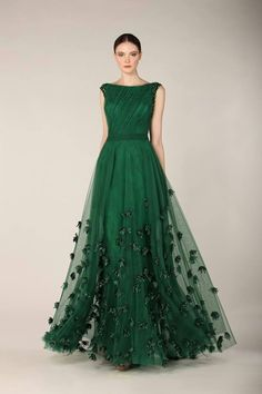 Emerald gown, stunning. - in white this could be a great wedding dress.
