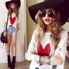 Floppy hat, heart jumper