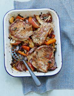 Autumn dinner recipe = Pork chop, root veg and apple traybake Tray Bake Recipes, Veg Recipes, Dinner Recipes, Cooking Recipes, Recipies, Healthy Recipes, Sausage Recipes, Healthy Food, Healthy Eating