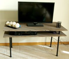 TV stand ideas modern for living room. TV stand ideas modern for bedroom. TV stand ideas modern for small spaces. Build A Tv Stand, Tv Stand Plans, Diy Tv Stand, Bar Stand, Stand Tall, Support Tv, Support Mural, Industrial Tv Stand, Modern Industrial