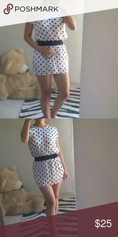 "Polka-dot mini dress Perfect for your summer sleeveless polka-dot black and white mini dress features black elastic waistband has lining on the skirt part, from FOREVER21. This dress is in pristine condition size S/P 100% polyester. Bust 19"", 11 1/2"" waist, 29"" in length.  5% off towards bundle discount of 2 + listings. Forever 21 Dresses Mini"