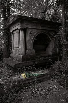 Cemetery Creepy Graveyard | Recent Photos The Commons Getty Collection Galleries World Map App ...