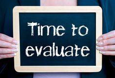 Para desarrollar una estrategia de mejora del compromiso la evaluación puede ser utilizada como una  herramienta más sobre la que apoyarnos  ya que nos puede acompañar en todo el proceso.
