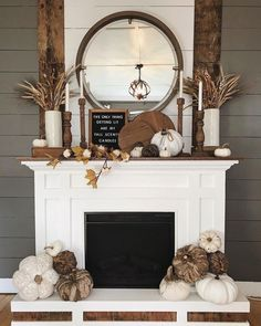 Here is a guide related with fireplace. Fall Mantle Decor, Fall Home Decor, Autumn Home, Modern Fall Decor, Fireplace Decorations, Mantal Decor, Modern Halloween Decor, Fall Mantels, Halloween Mantel
