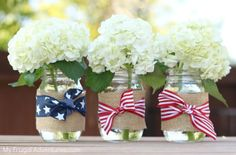 No fuss patriotic mason jar vases-fast and easy to make for candles, flowers, sparklers, utensils and Mason Jar Vases, Mason Jar Crafts, Holiday Crafts, Holiday Fun, Holiday Decor, 4th Of July Party, Fourth Of July, 4th Of July Decorations, Wedding Decorations