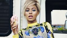 Beyonce and an ice cream - beauty inspiration for GLOWLIKEAMOFO.com