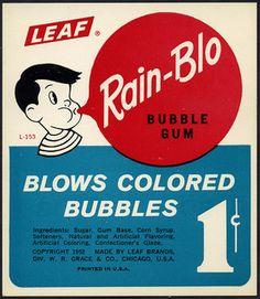 Candy Machine Vending Insert Card - Leaf Rain-Blo bubble gum - I liked the yellow Apple and purple Grape the best! Retro Advertising, Retro Ads, Vintage Advertisements, Vintage Packaging, Vintage Labels, Vintage Candy, Vintage Toys, Vintage Sweets, Vintage Stuff