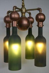 ワインボトルを使ったDIYのアイデア。 普通捨ててしまうようなボトルでも、頭を使えばいろんな使い方があるもんだ。