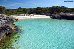 Cala Es Talaier en Menorca Costa, Menorca, Beach Vibes, Beach Watercolor, Beach Wear, To Go, Wanderlust, Island, World