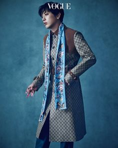 For the latest issue of Vogue Korea, CNBLUE's Jung Yonghwa revives his be-petaled Gucci suit that he wore at Milan Men's Fashion Week last January. It's not the only Gucci oddity …