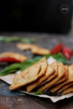 Indian wheat crackers by youtoocancook.net