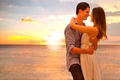 #HoneymoonPackages  #HoneymoonDestinations  #SoutheastAsiaHoneymoon Paras Holidays offers Honeymoon Tour Packages for South East Asia like Dubai, Bali, Singapore, Maurititus, Australia etc, with all inclusive resort, hotel and romantic places.