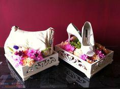 Wedding hantaran simple and sweet Wedding Favours, Diy Wedding, Wedding Ceremony, Wedding Gifts, Wedding Stuff, Wedding Dress, Rustic Style, Diwali, Wedding Engagement