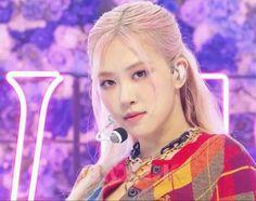 Kpop Girl Groups, Korean Girl Groups, Kpop Girls, Yg Entertainment, K Pop, Rose Park, Fandom, Blackpink Photos, Park Chaeyoung