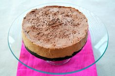 Light and fluffy and, most importantly, no bake Nutella Cheesecake. Quick Chocolate Cake, No Bake Nutella Cheesecake, Sweet Cooking, Mary Berry, Vanilla Cake, Sweet Recipes, Berries, Sweet Treats, Favorite Recipes