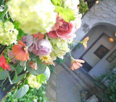 シェ松尾松濤レストラン様の装花 平日、春のはじめに : 一会 ウエディングの花