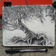 "44 Likes, 3 Comments - Lidia Barragán (@lidiaabarragan) on Instagram: ""Mi libreta para árboles.  Sharpie pen black. ( Moleskine sketchbook 9 x 14 cm - 3 1/2"" x 5 1/2"" )…"""