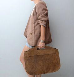 Vintage oversized brown suede handbag by #ZvezdanaVintage on Etsy, $112.00