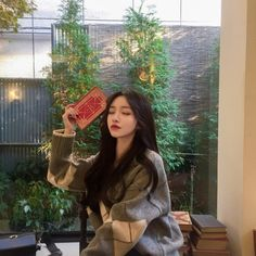 Image about girl in 𝓾𝓵𝔃𝔃𝓪𝓷𝓰 💅🏼 by ✿ jordi ✿ on We Heart It Style Ulzzang, Ulzzang Korean Girl, Ulzzang Couple, Ulzzang Fashion, Korean Fashion, Fashion Fashion, Pretty Korean Girls, Cute Korean Girl, Korean Aesthetic