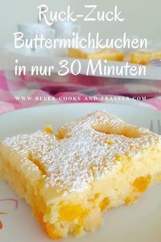 Dieser einfache Bleckuchen ist so saftig und richtig lecker! This simple tin cake is so juicy and really delicious! cake # so Rezepte Easy Vanilla Cake Recipe, Chocolate Cake Recipe Easy, Easy Cake Recipes, Healthy Dessert Recipes, Cookie Recipes, Snack Recipes, Drink Recipes, Cupcake Recipes, Fudge Recipes
