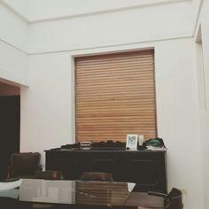 Trabajos de pintura en departamento de 3 ambientes. Loxon Satinado. Blinds, Curtains, Home Decor, Environment, Interior Design, Pintura, Trends, Decoration Home, Room Decor