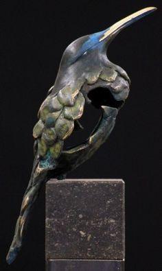 Ceramic Animals, Clay Animals, Bird Sculpture, Animal Sculptures, Copper Art, Slab Pottery, Hanging Tapestry, Ceramic Clay, Stone Art