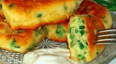 jogurtové_placky_recept Hungarian Recipes, Russian Recipes, Good Food, Yummy Food, Cooking Recipes, Healthy Recipes, Galette, Seafood Dishes, Potato Recipes