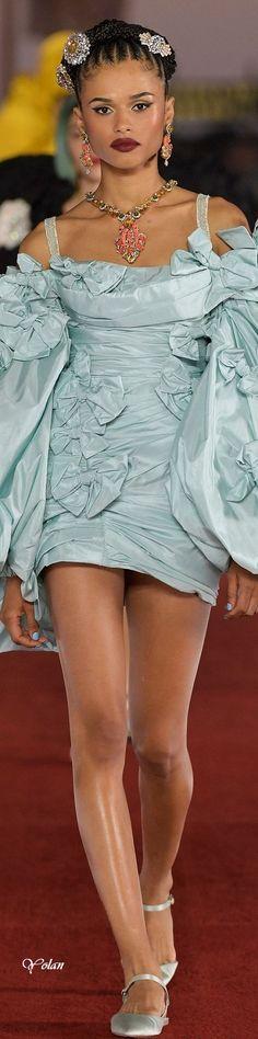 Stefano Gabbana, Crochet Lace, Couture Fashion, Pretty Dresses, Peplum Dress, Harajuku, Diva, Fashion Dresses, Collection