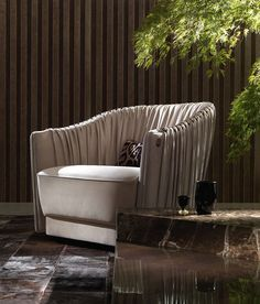The best of luxury chair design in a selection curated by Boca do Lobo to inspire interior designers looking to finish their projects. Sofa Furniture, Sofa Chair, Luxury Furniture, Furniture Design, Luxury Chairs, Expensive Houses, Modern Chairs, Contemporary Furniture, Chair Design