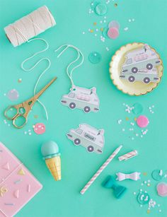 Free Printable Ice-Cream Truck Gift Tags (Oh Happy Day! Ice Cream Theme, Diy Ice Cream, Free Printable Gift Tags, Free Printables, Cute Gifts, Diy Gifts, Diy For Kids, Crafts For Kids, Minis