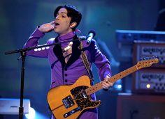 Ponen a la venta propiedades del fenecido artista Prince
