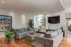 Inner-City Bungalow for Empty Nesters is a project completed by DOODL. The home is located in Calgary, Canada. #LivingRoom #Interior #home