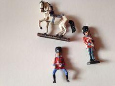 Lineol Elastolin Konvolut 2 seltene Dänsiche Gardesoldaten Reiter Offizier Pferd   eBay