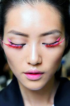 Would you give these trendy neon lashes a whirl?