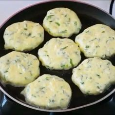 Vejeteryan yemek tarifleri – The Most Practical and Easy Recipes Lunch Recipes, Cooking Recipes, Healthy Recipes, Delicious Recipes, Turkish Recipes, Ethnic Recipes, Turkish Breakfast, Puff Pastry Recipes, Breakfast Items