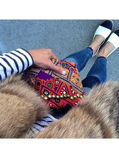 Always love looking at and her creative ways on how to wear our Vintage Clutches favorites Vintage Clutch, Louis Vuitton Speedy Bag, Creative, Clutches, How To Wear, Bags, Style, Fashion, Handbags