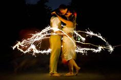 sparklers wedding photos