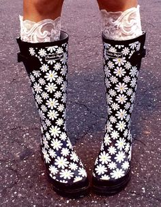 My Charlie Paige Daisy Boots :D