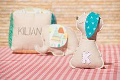 Sonajero personalizado para Kilian Baby Shoes, Kids, Baby Rattle, Hampers, Young Children, Boys, Baby Boy Shoes, Children, Boy Babies