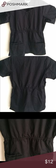 Black scrub top Fitted black scrub top. Cute solid color scrub top for your clinical! Size is XS. scrub elements Other