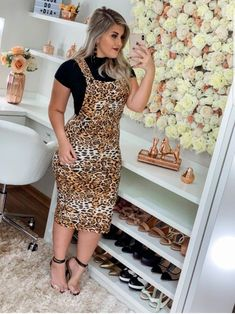 Plus size outfits Beautiful Casual Dresses, Casual Dresses For Women, Modest Dresses, Nice Dresses, Hijab Evening Dress, Dress Outfits, Fashion Dresses, Womens Dress Suits, Unique Outfits