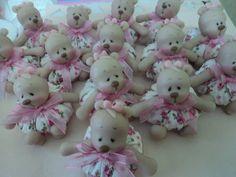 saches comursinhas em biscuit arteira_2010@hotmail.com www.facebook.com/soniamendes.2012