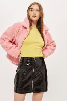 Go grunge in this TALL cracked vinyl mini skirt with zip and circle ring puller and pocket detailing. Rock with a faux fur jacket, a soft pastel shirt and statement accessories to really turn heads. Topshop Tall, Topshop Skirts, Cute Skirts, Mini Skirts, Vinyl Mini Skirt, Pastel Shirt, Thick Tights, Vinyl Skirting, Tights And Boots