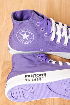 Pantone Converse from FARM I could go for a pair Mode Converse, Converse Sneakers, Converse All Star, Converse Chuck Taylor, High Top Sneakers, Purple Love, Purple Shoes, All Things Purple, Shades Of Purple